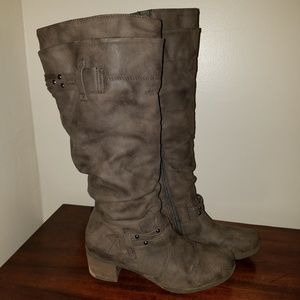 White Mountain Knee High Boots size 10M